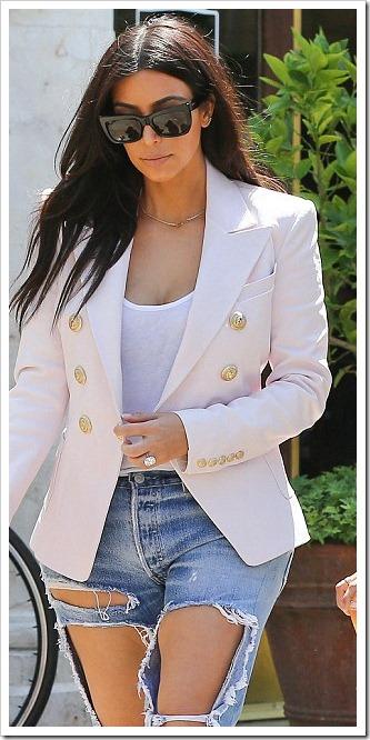kim kardashian super torn jeans