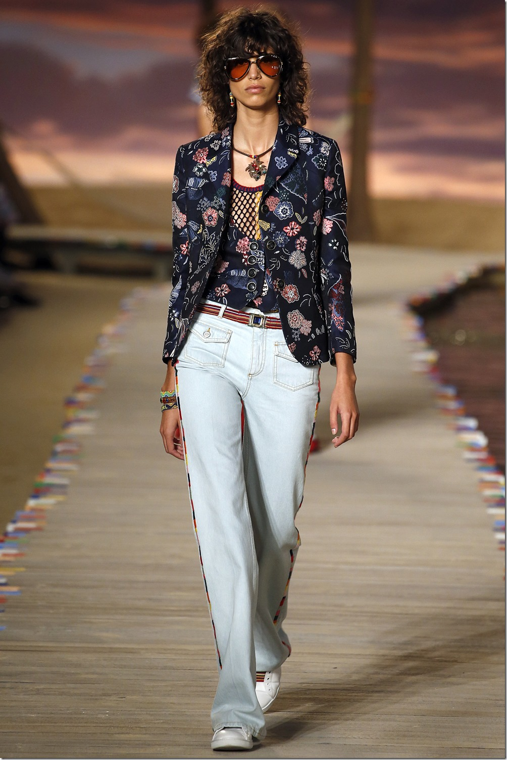 Tommy Hilfiger SPRING 2016 READY-TO-WEAR 1
