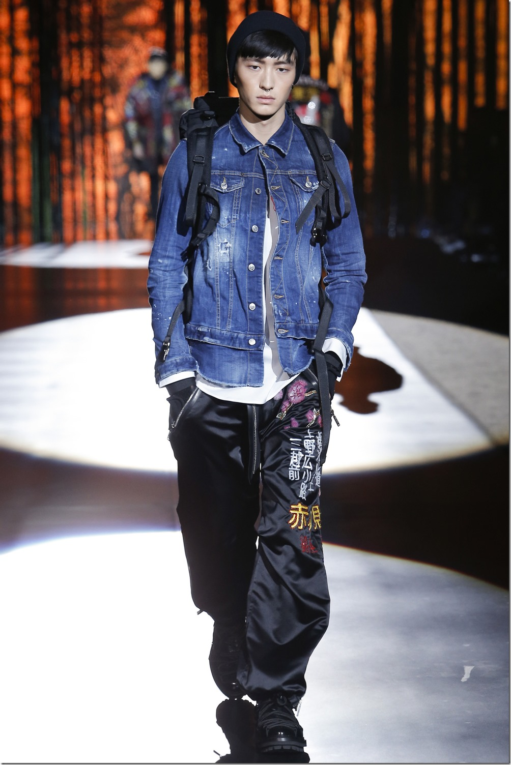 Dsquared2 denimsandjeans.com