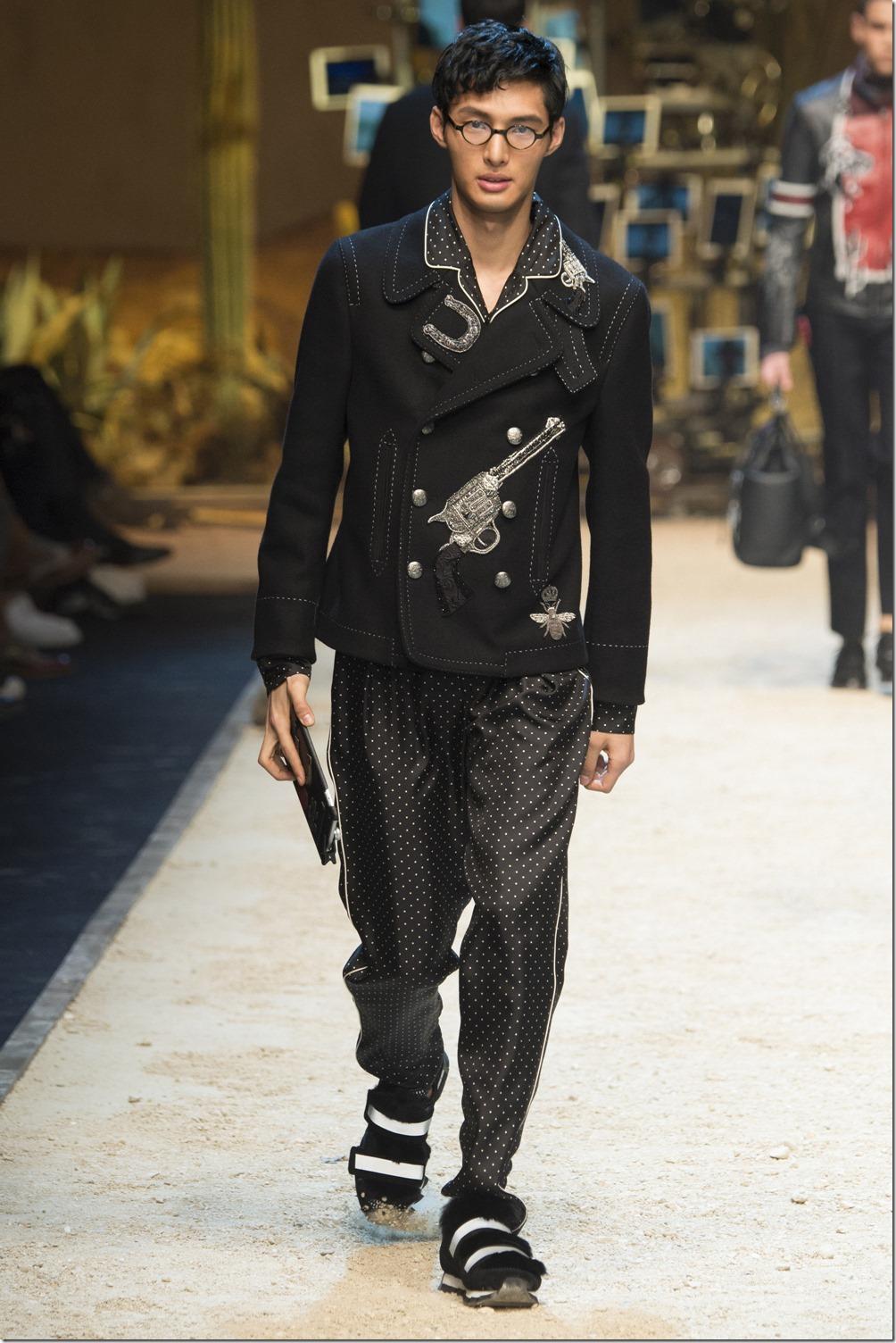 Dolce & Gabbana denimsandjeans.com