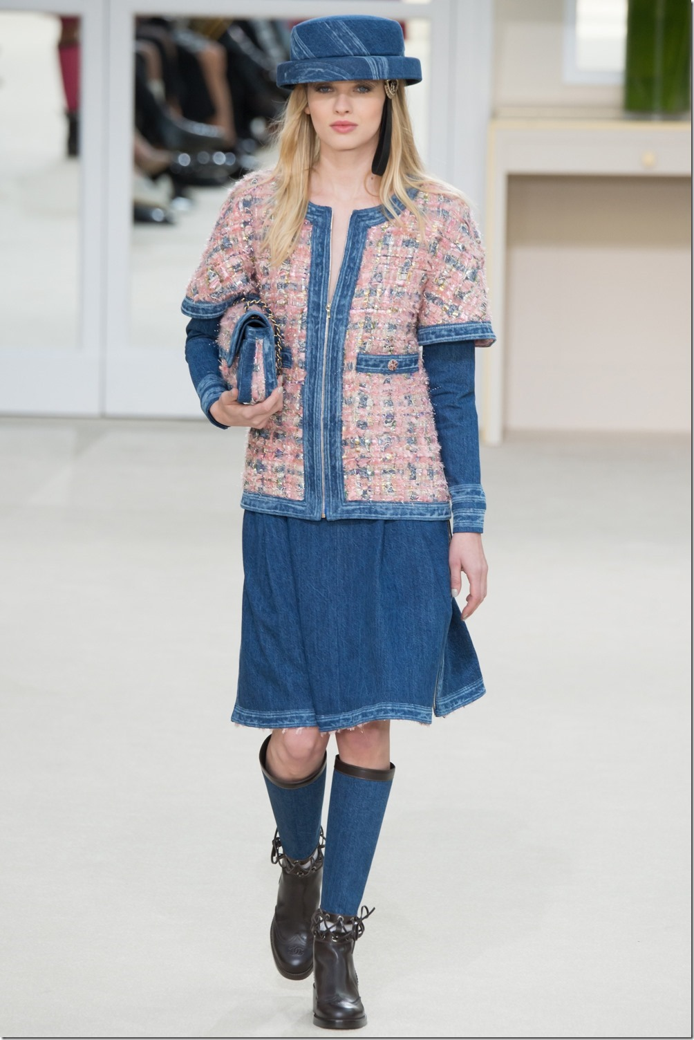 Chanel Fall Winter`16 - Ready to Wear : Denimsandjeans.com