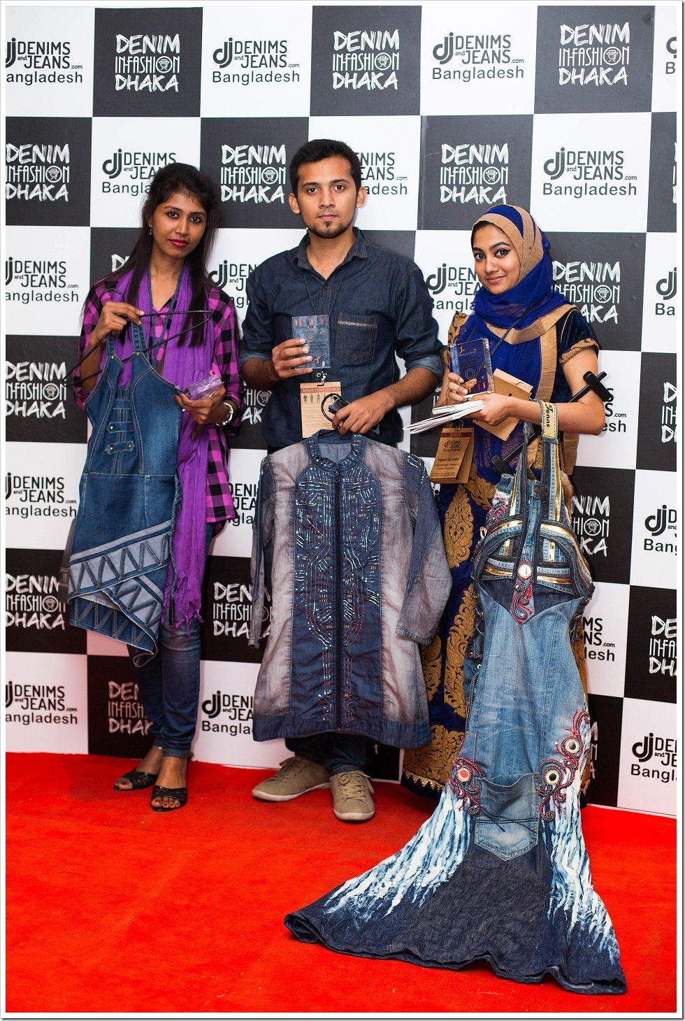 1st Position : Mr. Shovon Majumder, SMUCT ( Middle), 2nd Position : Fatema Zohoro, SMUCT ( Left ), 3rd Position : Shamim Ara Nasrin, NIFT ( Right )