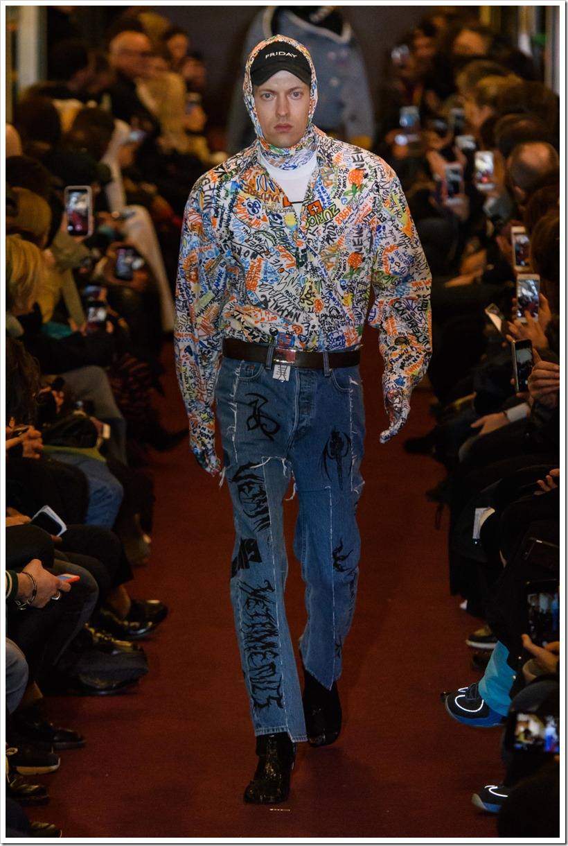 Vetements Fall'18 Collection– Baggy and Full Of Embroidery | Denimsandjans.com