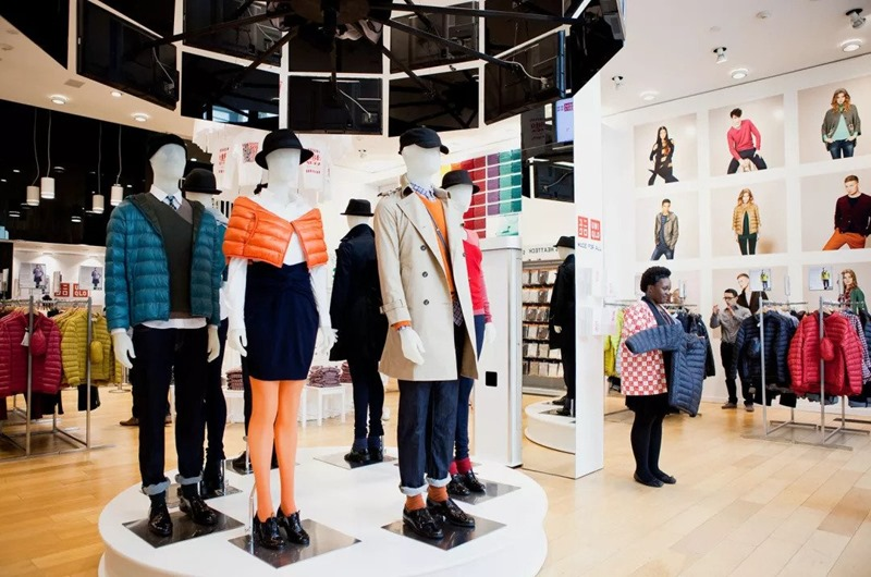UNIQLO , Japan's Fashion Retailer Sets Foot In India | Denimsandjeans
